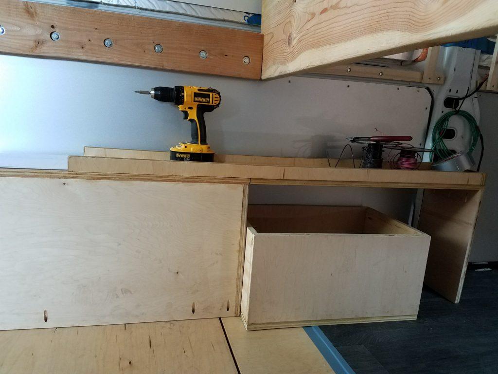 van build garage
