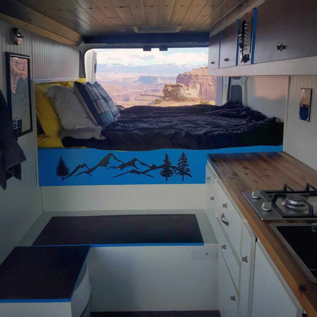 canyonlands vanlife